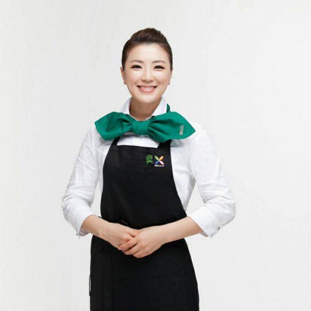キム ヨンウン